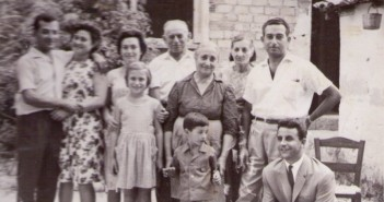 Family-old_photo