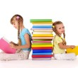 Girls-reading-500-wide
