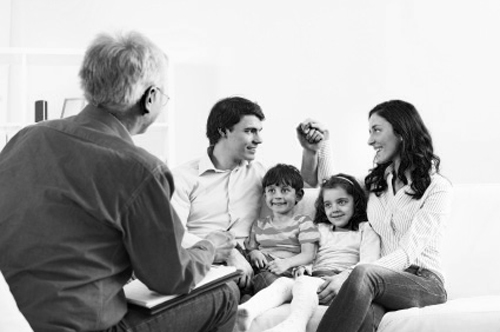 img-family-therapy-session