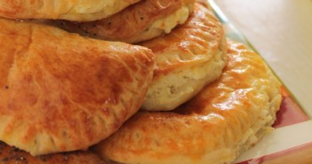 Yogurt-cheese-pies (2)