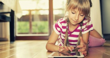 o-KIDS-AND-TECHNOLOGY-facebook