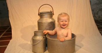 Baby_and_pails