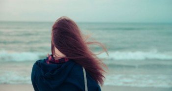 mood-girl-wallpaper-alone-so-sad-brunette-wind-sea