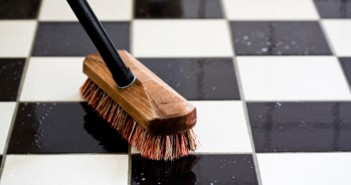 Cleaning-Marble-Tiles