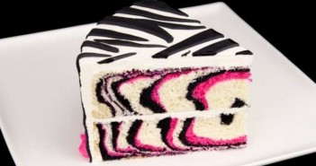 how_to_make_a_pink_zebra_cake_tutorial_from_cookies_cupcakes_and_cardio__202729