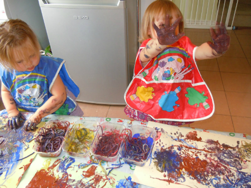 messy-play-pic2