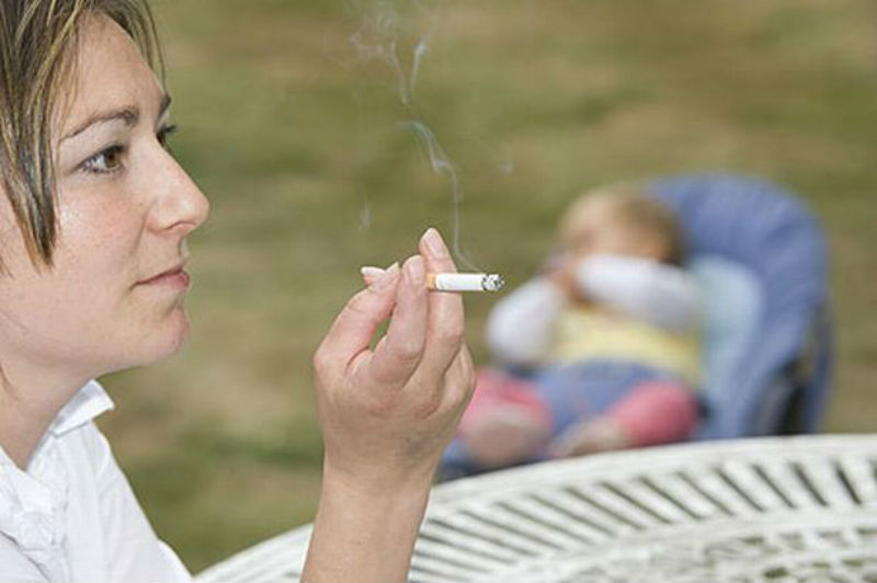 your-life-katy-weitz-smoking-mum-image-2-702843033