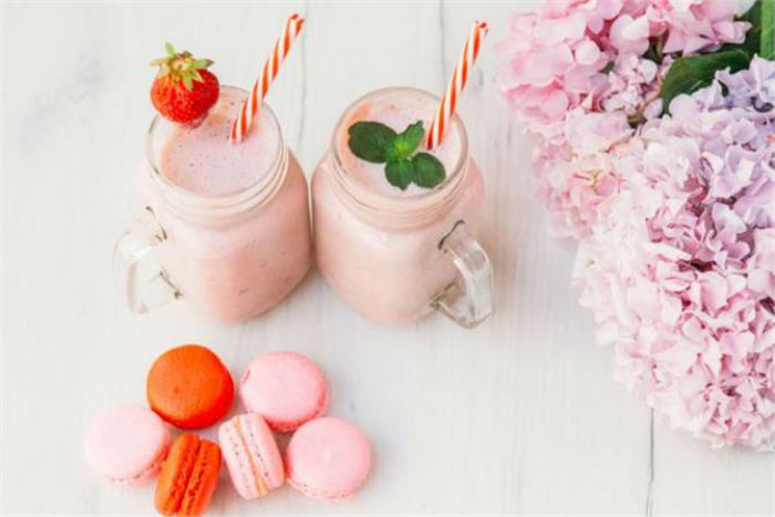 Smoothie με τρία υλικά που θα λατρέψουν όλα τα παιδιά